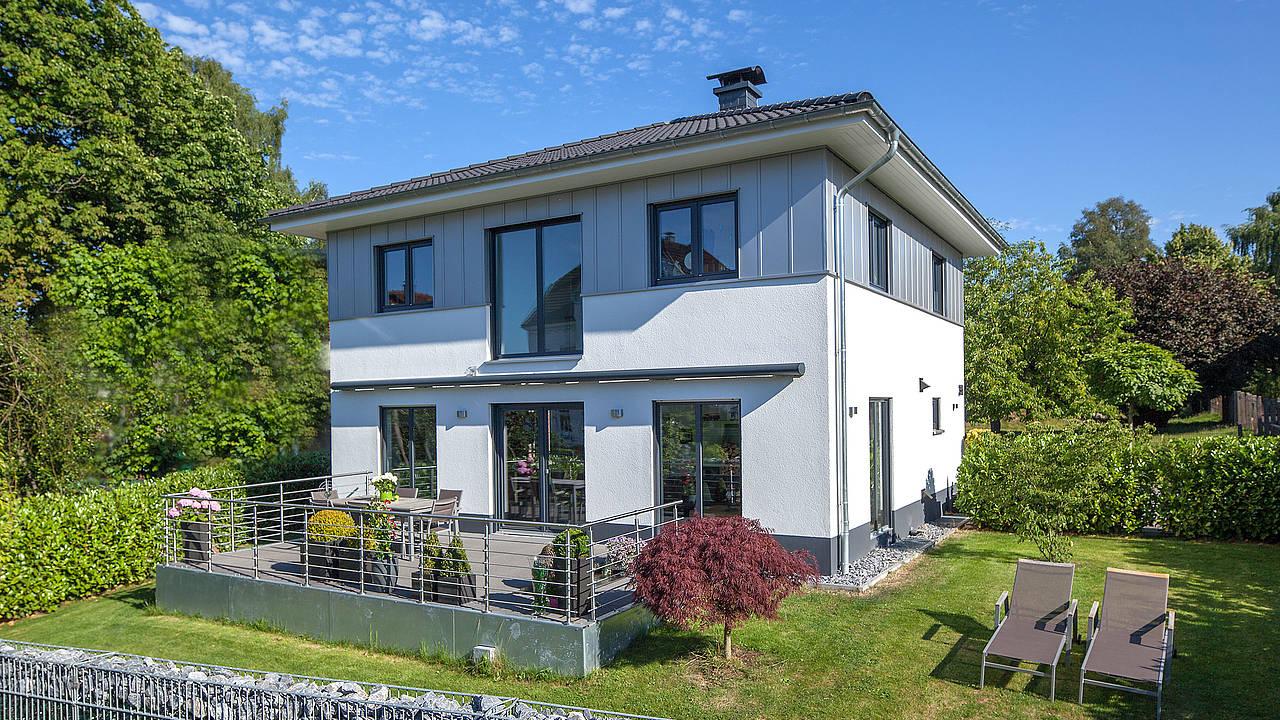 doppelhaush lfte und einfamilienhaus in k ln s rth zaunm ller massivhaus gmbh. Black Bedroom Furniture Sets. Home Design Ideas